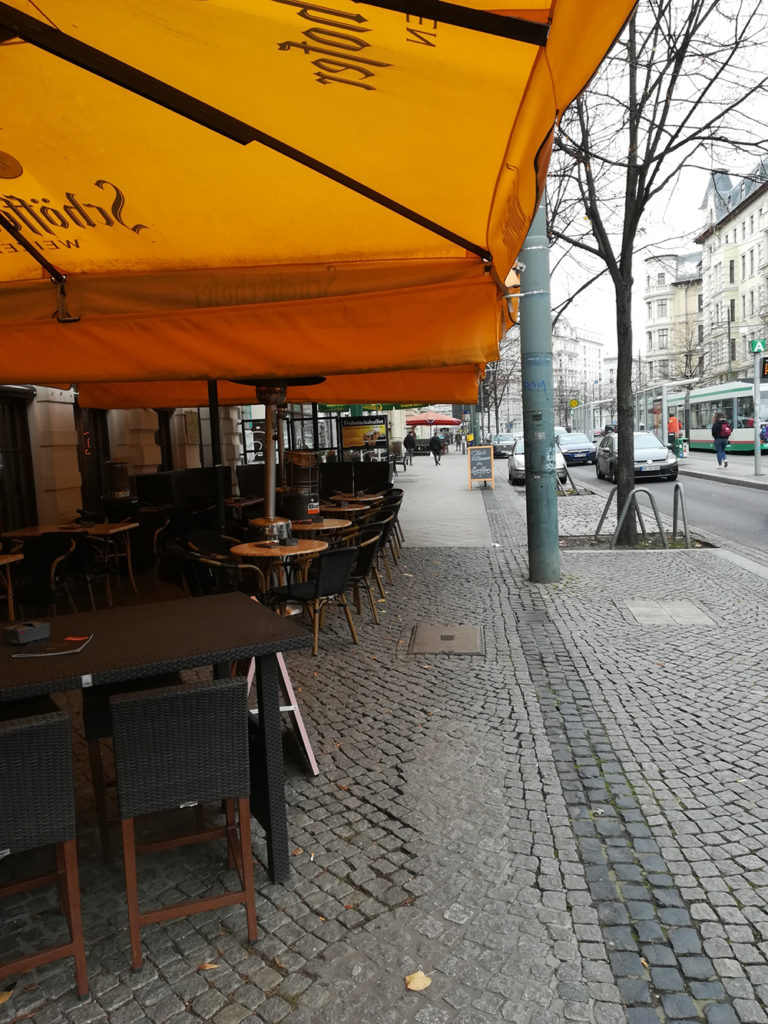Zeigt Kneipenviertel Hasselbachplatz