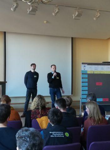 Zeigt Eröffnung des BarCamp in Wittenberge