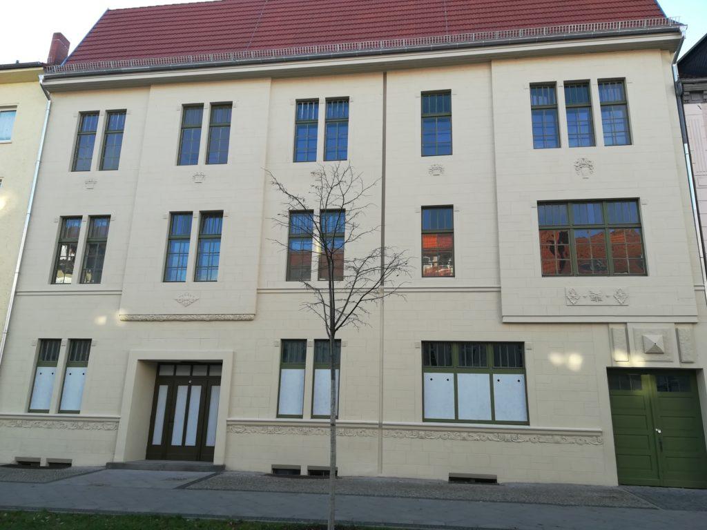 Zeigt das KoHaus in Wittenberge von außen